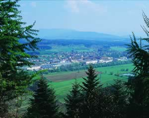 Located in the Vosges region of France, Clairefontaine was established on the site of a 16th century paper mill.